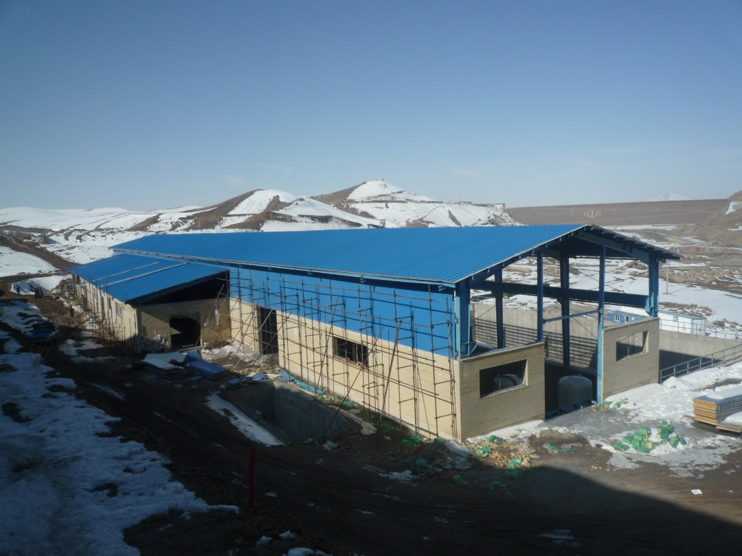 Establishment of main pump station buildings and implementation of office buildings (planning of irrigation and drainage network of Sahand dam – first civil unit) and supplementary operations