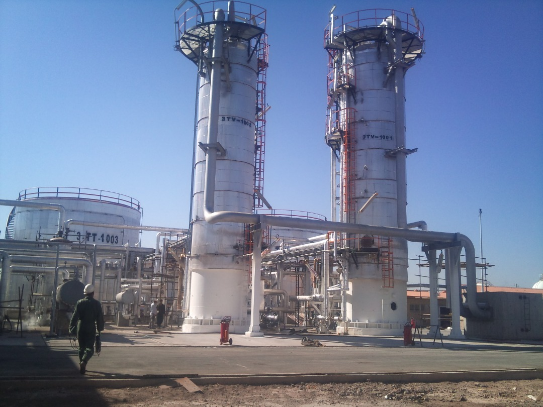 Construction and equipment of asphalt unit of Tabriz oil refinery company