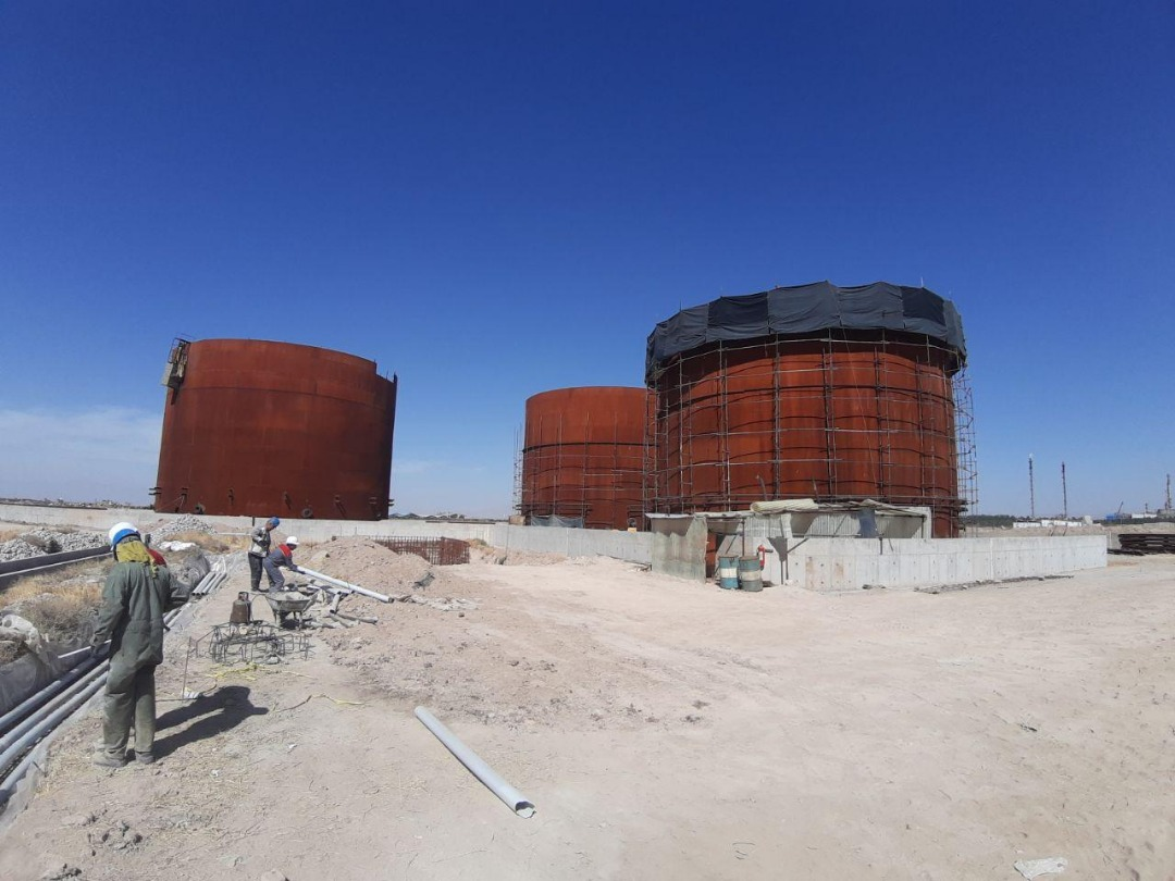 Complete construction of three bitumen tank units with loading facilities